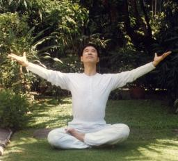 Love Descends on Me in Awakening the Soul Qigong
